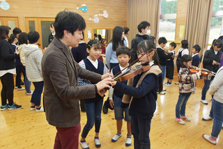 中和小ヴァイオリン.jpg