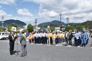 広報パレード出発式.jpg